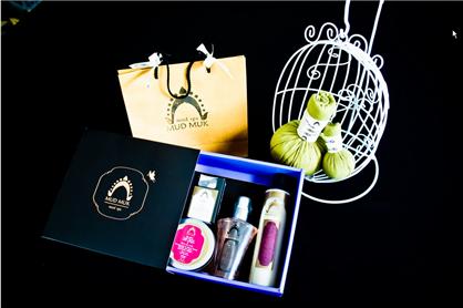Buy Blush gift set