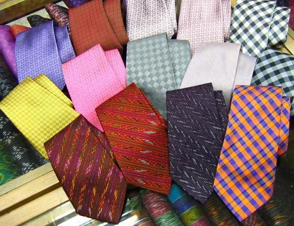 Buy Silk tie brocade design