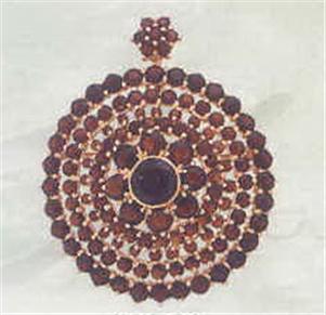Buy Stone Circle pendant