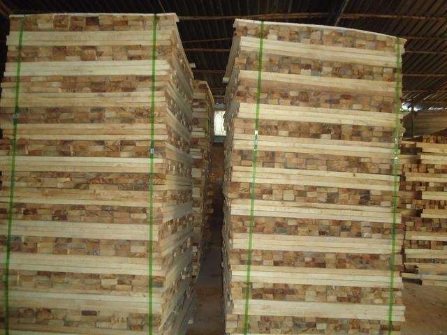 Buy Rubber Wood Sawn Timber