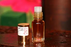Buy Pure Essential Agarwood Oil