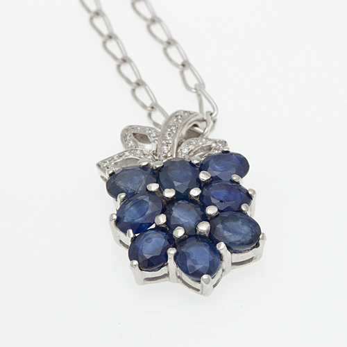 Buy Silver pendant with Blue-Sapphire P0017