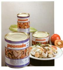Canned seafood cocktail