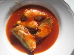 Blue Mackerel in Tomato Sauce with Chili