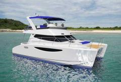 Power Catamaran 32