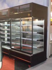 Front sliding door type refrigerator