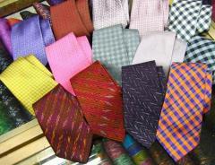 Silk tie brocade design