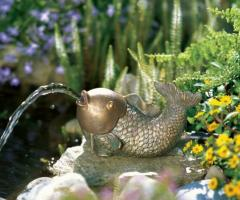 Fountains figurines Dolphin