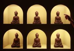 Figurine  Wood Sitting Buddha