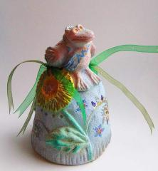 Ceramic bell with colorful for decorative