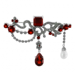 925 Sterling Silver Brooch with Garnet and White
