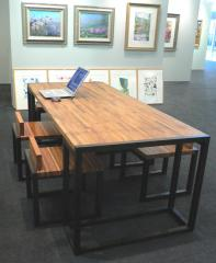 Jointed-teak table