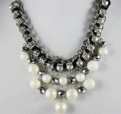 Handmade pearl necklet
