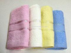 Face Towel with Finelines Boarder
