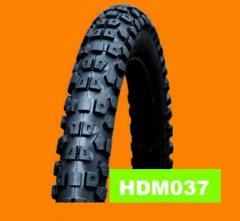 Motorcycle tire HDM037