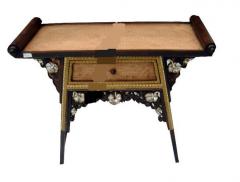 Traditional sweet teak table