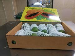 Свежие экзотические фрукты