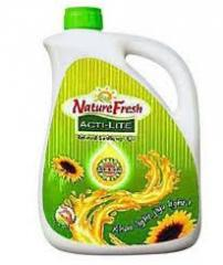 100% Pure Refined Vegetable Oil