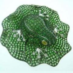 Colour gemstone frog decoration