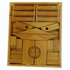 Wooden puzzle block set
