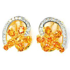 Gold earring with yellow sapphire and diamond
