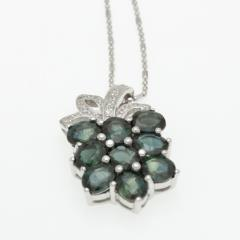Silver pendant with green sapphire P0018