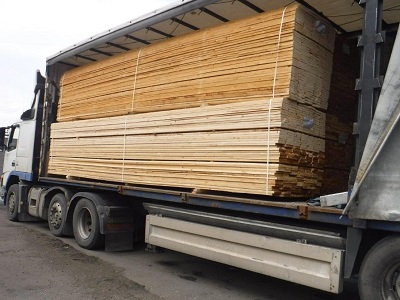 sawn_edged_boards_kiln_dried_coniferous_lumber
