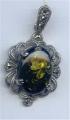 Elegant silver pendant